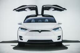 特斯拉新电池不及预期 三大供应商短期订单无虞