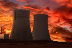 """核电建设国产化提速!""""华龙一号""""全球首堆并网成功"""