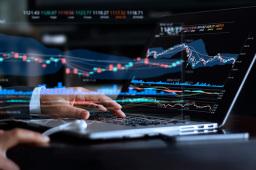 沪指弱势震荡收跌0.4% 创业板指涨超2%