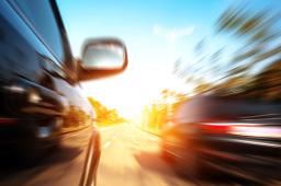中汽协:4月汽车行业销量预估完成217.3万辆 同比增长5%