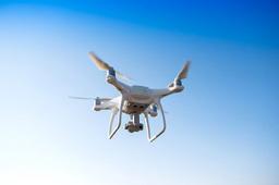 国产翼龙-2H无人机为通信中断区搭建空中移动基站