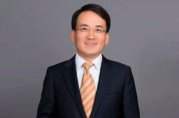 王宏远:与上证报结缘二十余年 从读者到报道对象