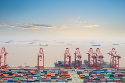 前8个月黑龙江省进出口总值1277亿元 比去年同期增长22.3%